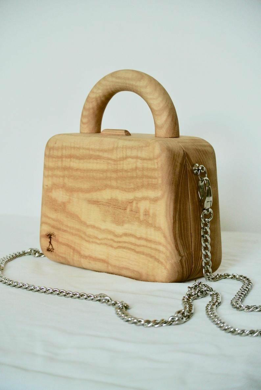 Fából készült táska