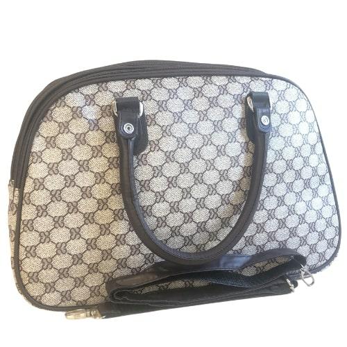 Közepes méretű mintás bőrönd Aldene