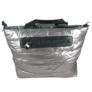 Kép 2/3 - Steppelt kabát anyagú oldaltáska ezüst színben