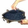 Kép 3/3 - Divatos merev falú válltáska keki Gianna